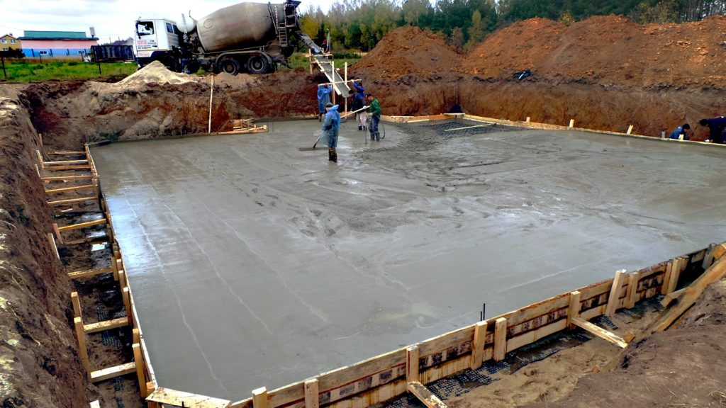 При какой температуре заливают бетон?