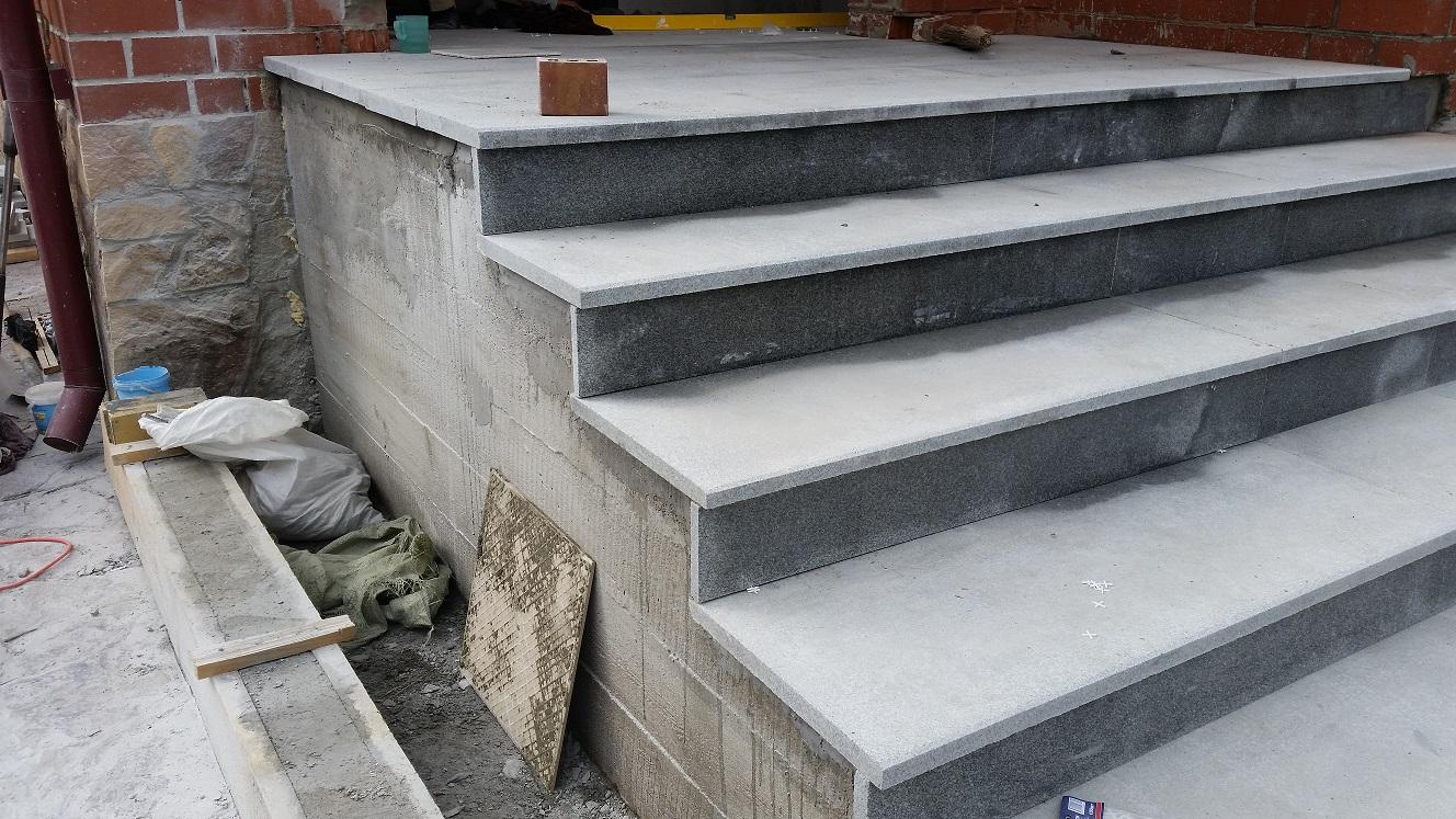 Как залить лестницу из бетона?